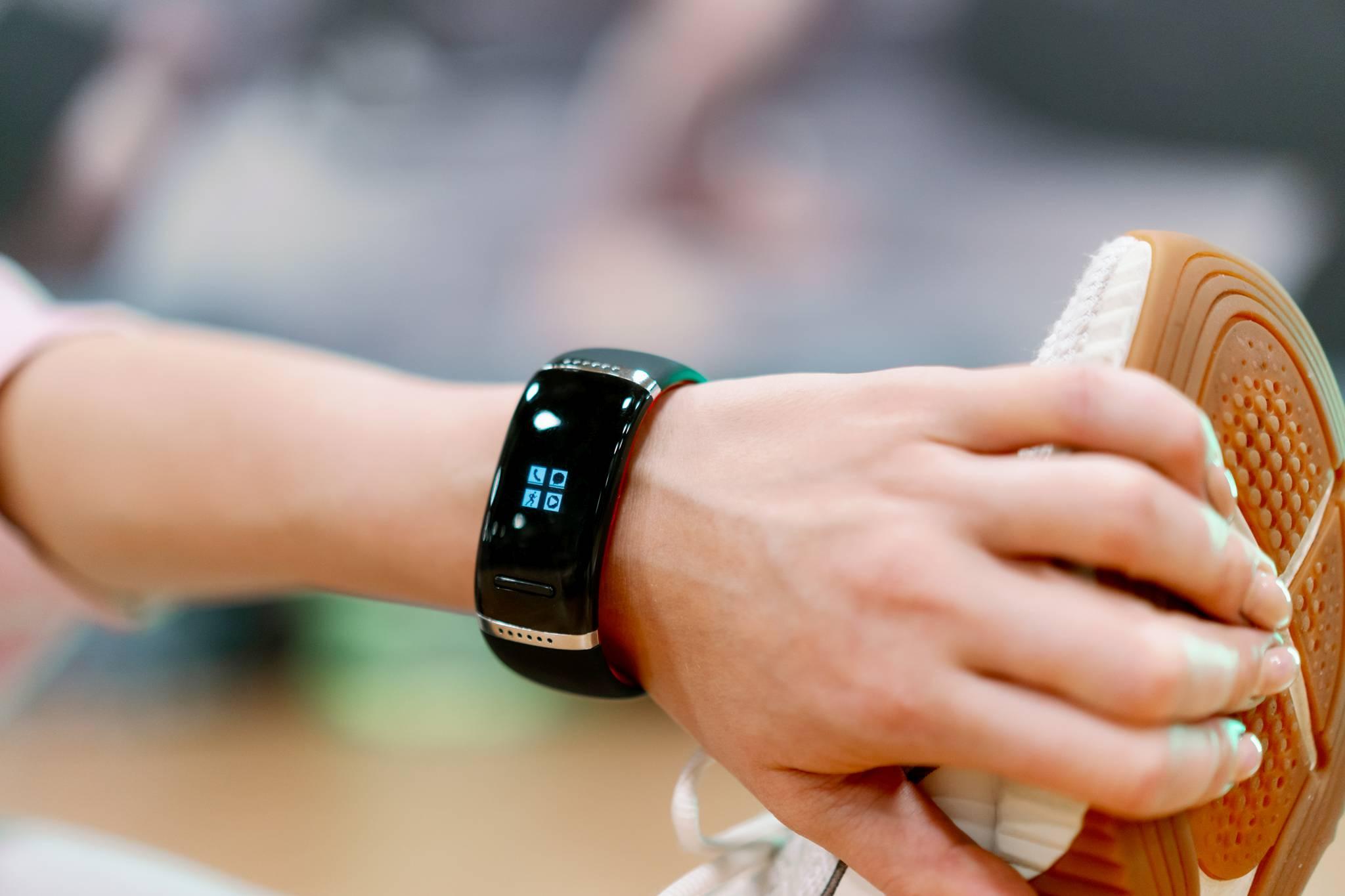 smartwatch zegarek garett ione niebiesko-czarny